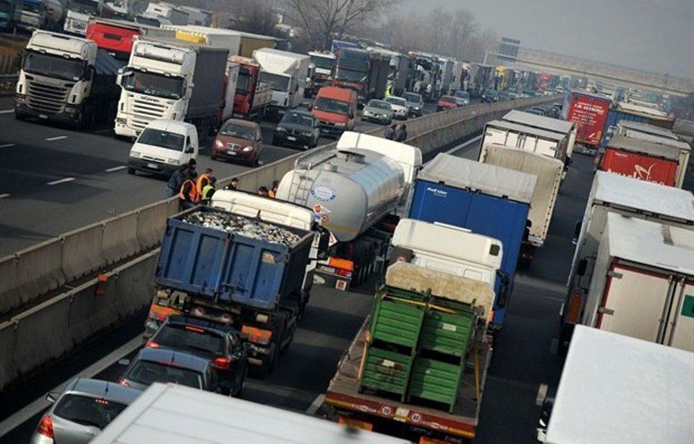 Autotrasporti: fermo nazionale dal 6 al 9 agosto per la totale indifferenza del Governo