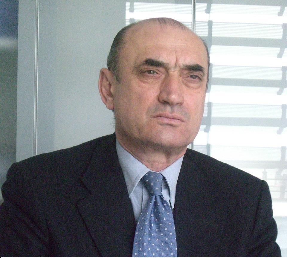 GIUSEPPE  BORTOLUSSI (n.1948 – m. 2015)
