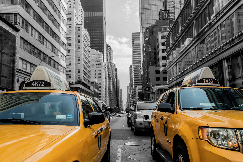 Bollo auto: l'abolizione penalizzerebbe taxisti, agenti di commercio e trasportatori
